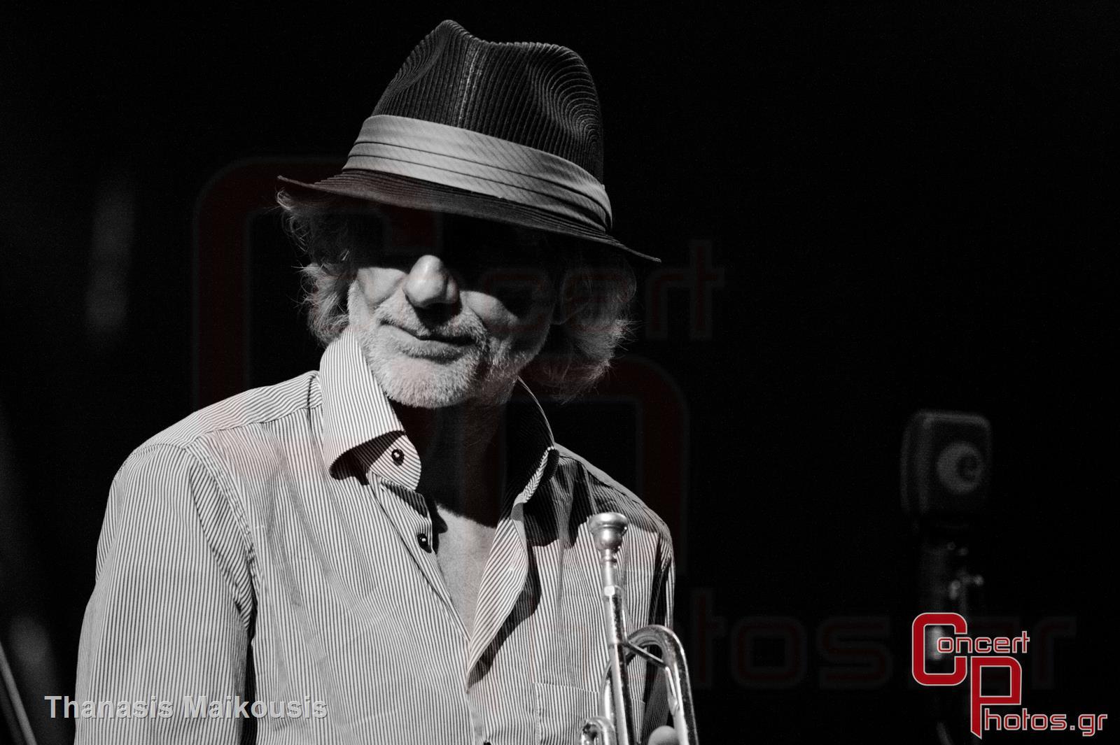 Active Member - Τραγούδα μας να φύγει το σκοτάδι- photographer: Thanasis Maikousis - concertphotos_-5432