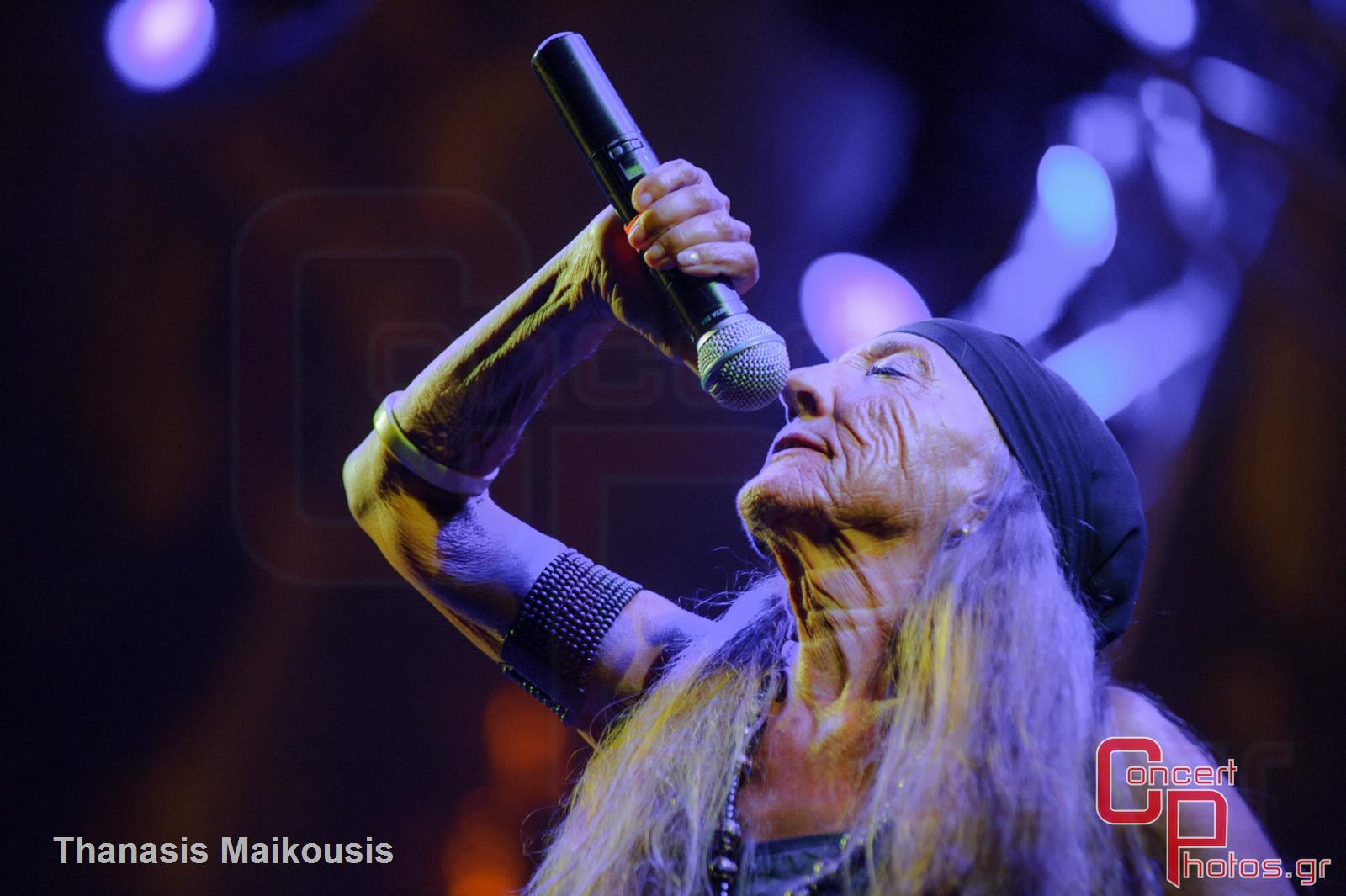 Active Member - Τραγούδα μας να φύγει το σκοτάδι- photographer: Thanasis Maikousis - concertphotos_-5952