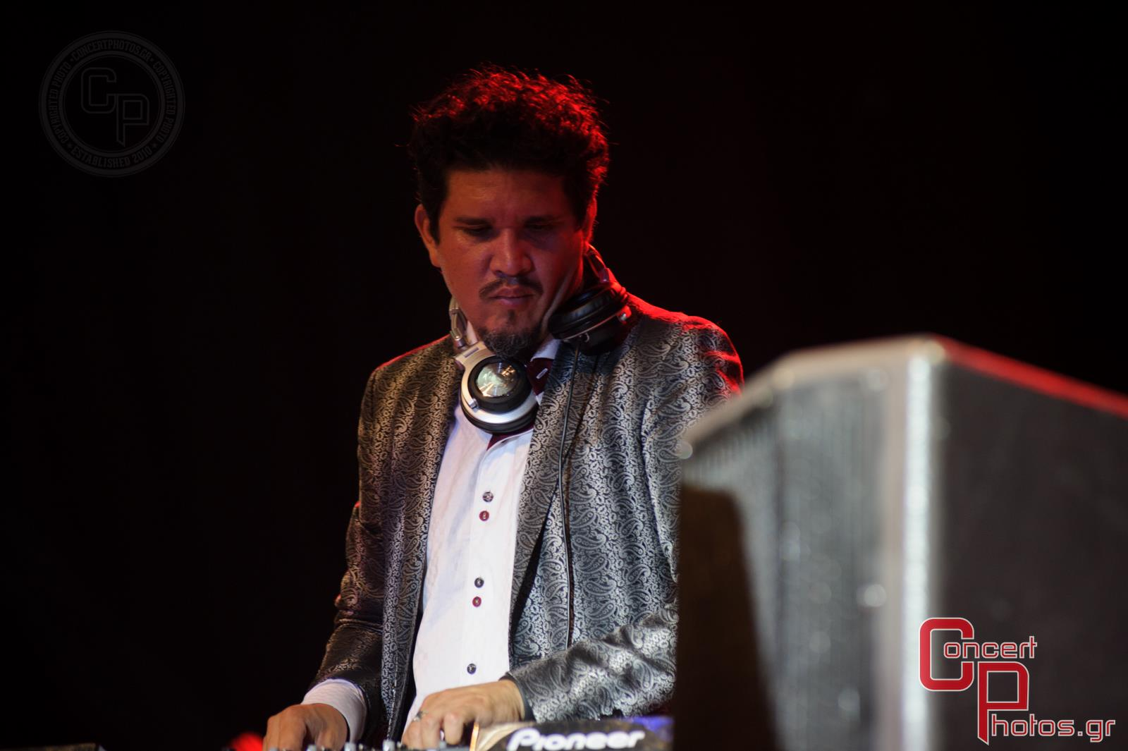 Thievery Corporation Imam Baildi Boogie Belgique Penny And The Swingin' Cats-Thievery Corporation Imam Baildi Boogie Belgique Penny And The Swingin' Cats photographer:  - concertphotos_20140617_23_29_10